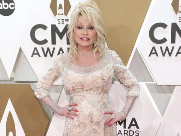 Dolly Parton pictures at the country music awards